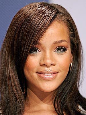 Rihanna Sweet Face Look Still