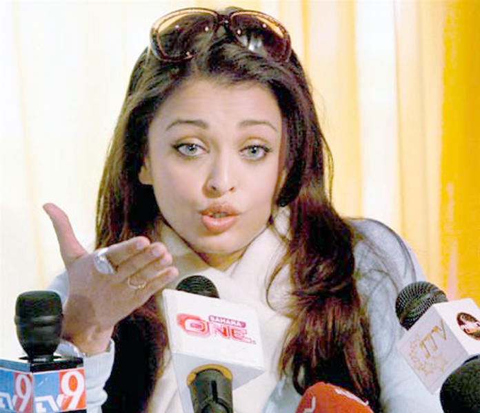 Aishwarya Rai Press Meet Photo