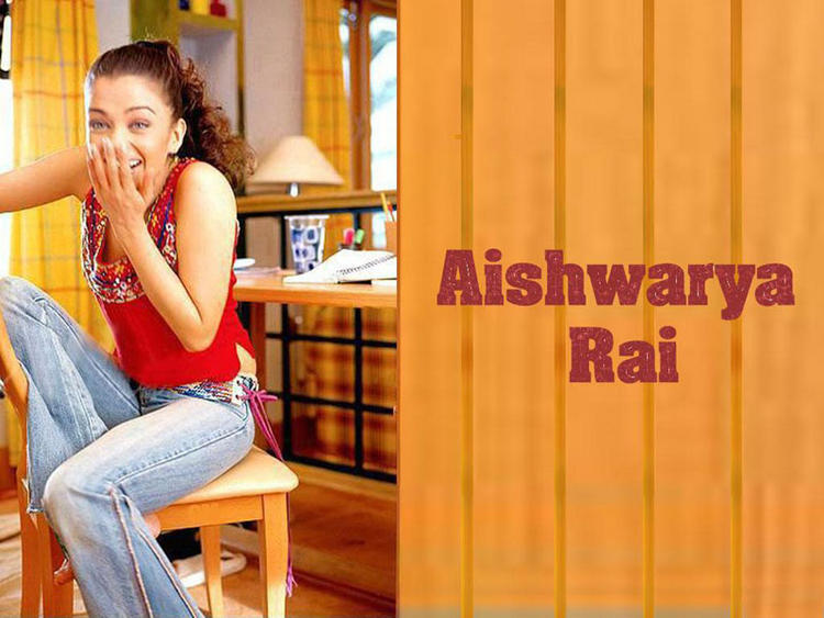 Aishwarya Rai Very Cutest Wallpaper