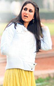Kareena Kapoor Cute Shocking Face Still