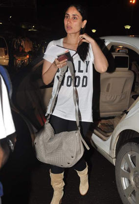 Kareena Kapoor Spotted at Airport