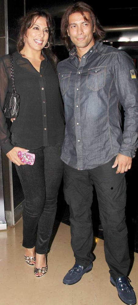 Pooja Bedi and Akashdeep Saigal at Rock of Ages Premiere