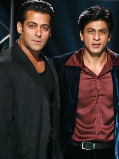 Shahrukh Khan and Salman Nice Pose For Photo Shoot
