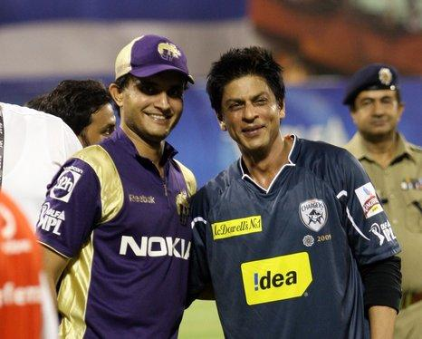 Shahrukh Khan Pose With Ganguly at IPL