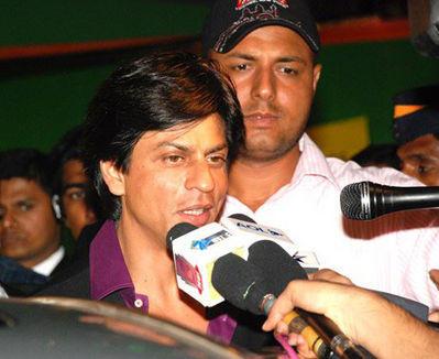Shahrukh Khan Press Meet Photo