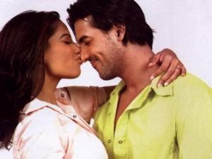 Bipasha Basu and John Cute Kissing Pic