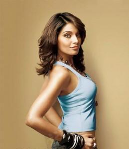 Bipasha Basu Stylist Pose Photo Shoot