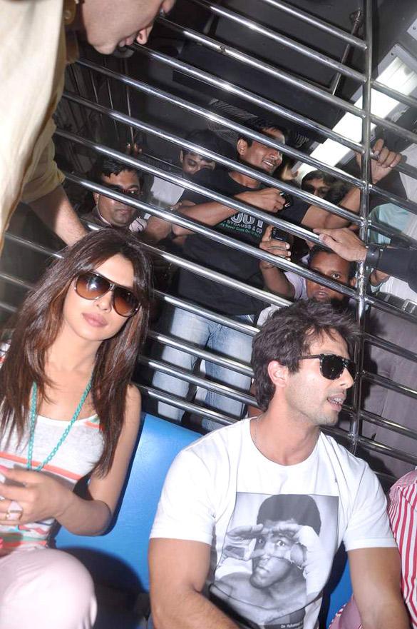 Priyanka and Shahid Taking a Local Train Ride To Promote Teri Meri Kahaani