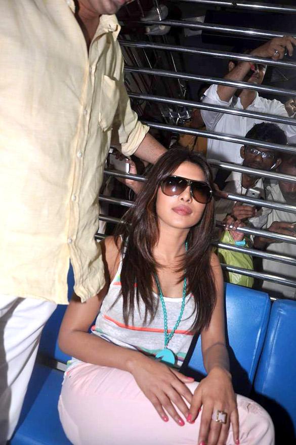 Priyanka Chopra Taking a Local Train Ride To Promote Teri Meri Kahaani