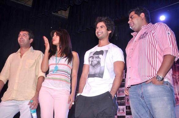 Kunal,Priyanka and Shahid Promote Teri Meri Kahaani at Jai Hind College