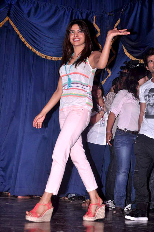 Priyanka Chopra Spotted at Jai Hind College to Promote Teri Meri Kahaani