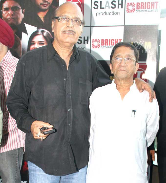 Celeb at The Premiere Of Chakradhar