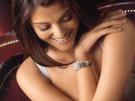 Aishwarya Rai Cute Smiling Face Still
