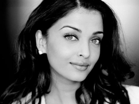 Aishwarya Rai Nice Look Photo