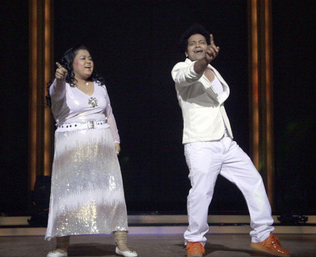 Bharti Singh Performs at Launch of Jhalak Dikhhla Jaa 5