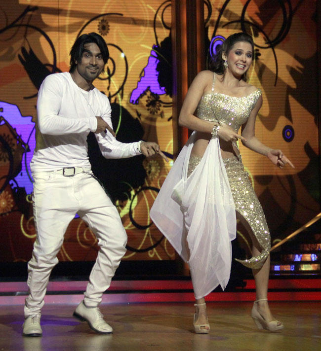 Isha Sharvani and Salman Performs at Launch of Jhalak Dikhhla Jaa Season 5