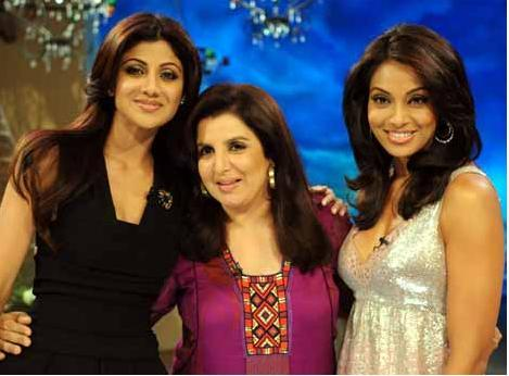 Bipasha Basu Poses With Shilpa and Farah