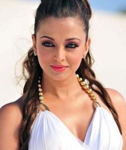 Aishwarya Rai Awesome Stunning Face Still In Robot