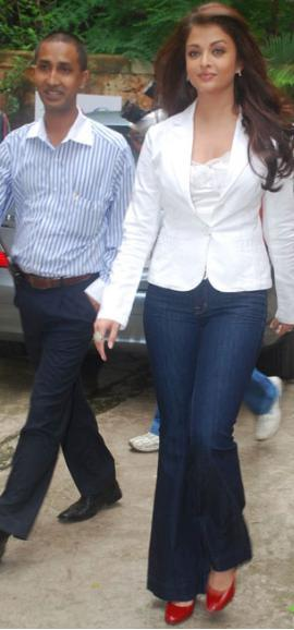 Aishwarya Rai White Blazer Stylist Photo