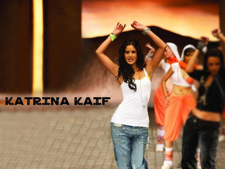 Bollywood Hottie Katrina Kaif Wallpaper