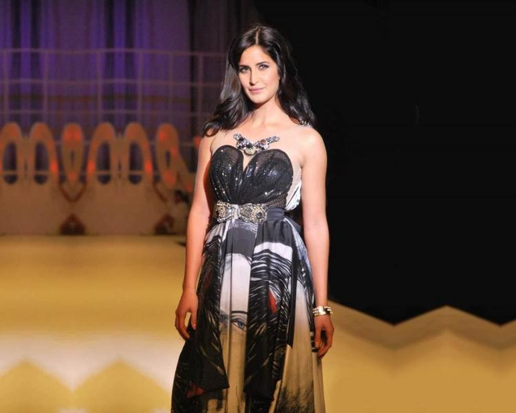 Katrina Kaif Black Stylist Dress Photo On Ramp