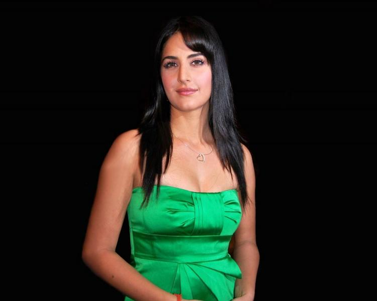Katrina Kaif Green Strapless Dress Pic