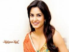Katrina Kaif Sizzling Face Look Wallpaper