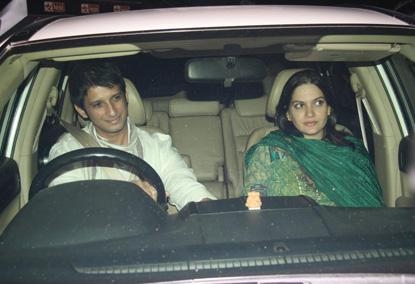 Sharman Joshi With Wife In Car