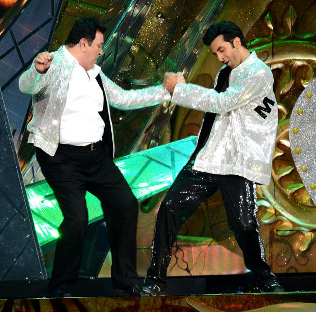 Recently Ranbir and Rishi Made News By Shaking a Leg Together at 13th IIFA Awards at Singapore