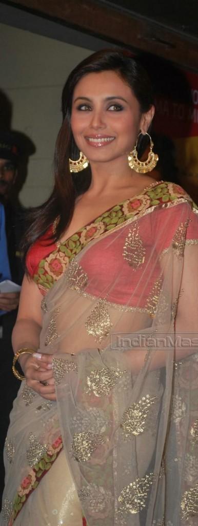 Rani Mukherjee Looking Awesome In Transparent Saree