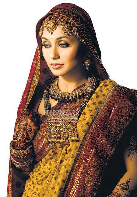 Rani Mukherjee Looking So Beautiful In Ethnic Saree