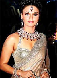 Rakhi Sawant Hot Gorgeous Pic In Sexy Saree