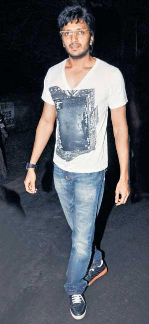 Riteish Deshmukh Looking Very Handsome