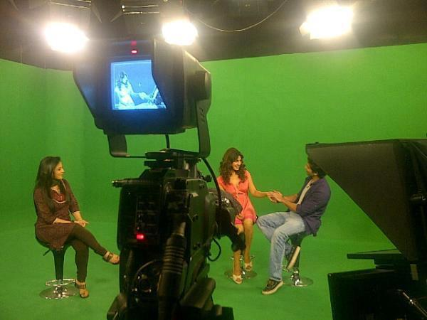 Priyanka Chopra and Shahid Kapoor on India TV
