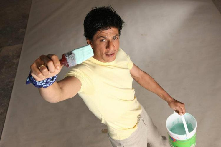 SRK Shoot For Nerolac Paint