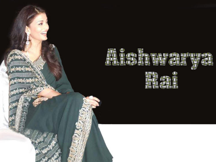 Aishwarya Rai Gorgeous Wallpaper In Saree