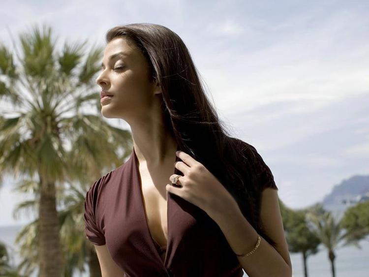 Aishwarya Rai Stunning Hot Pic