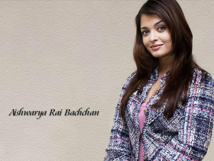 Cute Actress Aishwarya Rai Wallpaper
