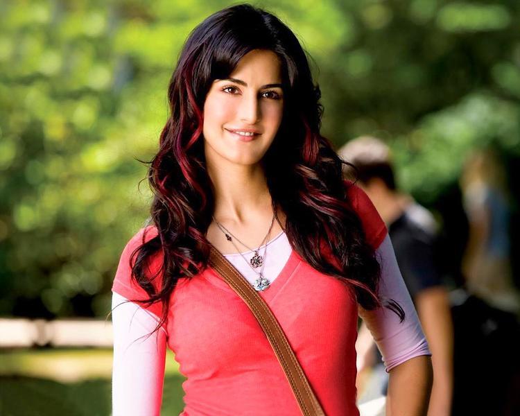 Katrina Kaif Cute Face Still