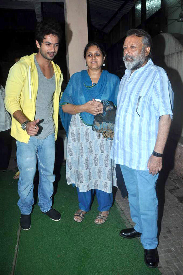 Shahid With Mom and Dad at Special Screening of Teri Meri Kahaani