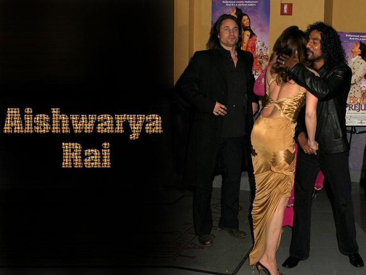 Aishwarya Rai Sexy Hug Pic