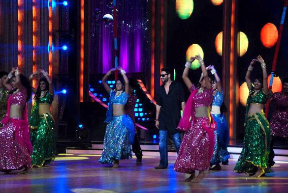 Ajay Devgan Promote Bol Bachchan at Jhalak Dikhhla Jaa 5