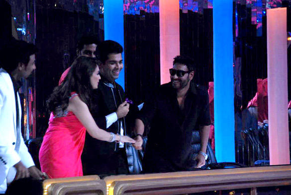 Ajay,Karan and Madhuri Latest Still at Jhalak Dikhhla Jaa 5 Show