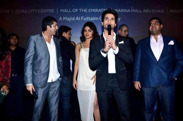 Priyanka,Shahid and Kunal at Teri Meri Kahaani Premiere In Dubai