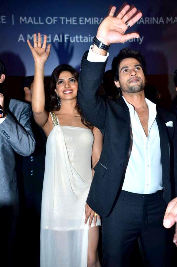 Shahid Kapoor and Priyanka at Teri Meri Kahaani Premiere In Dubai