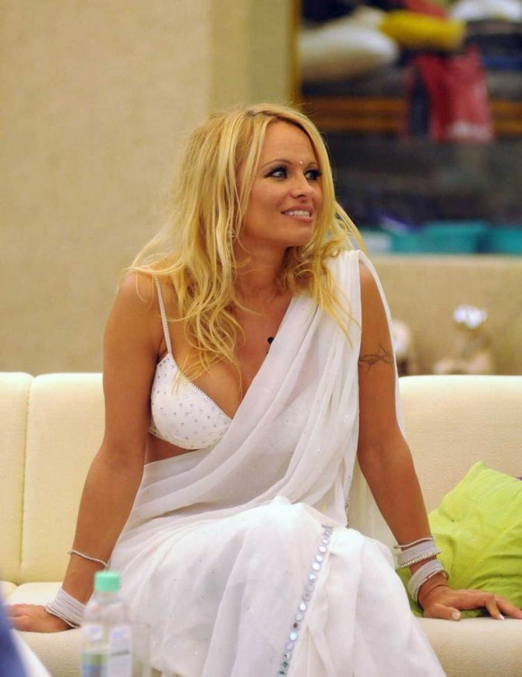 Pamela Anderson In White Saree Sweet Still