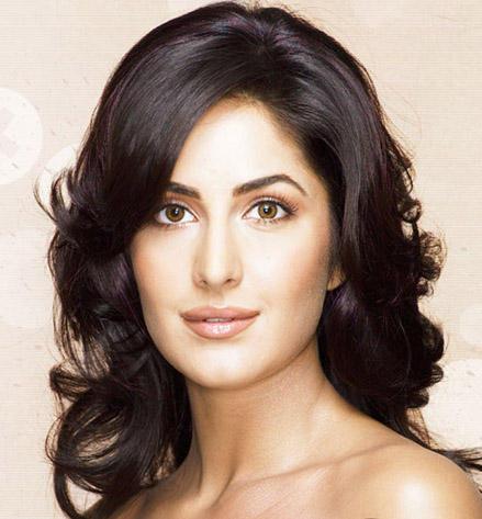 Katrina Kaif Attractive Fairy Face Look Still