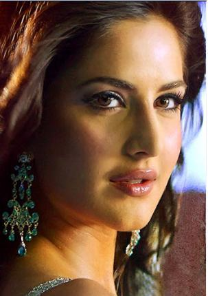 Katrina Kaif Wet Romantic Face Look Still
