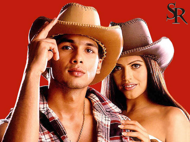 Shahid Kapoor and Shenaz Stylist Hot Pic With Hat