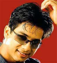 Shahid Kapoor Stylist Pic Wearing Goggles